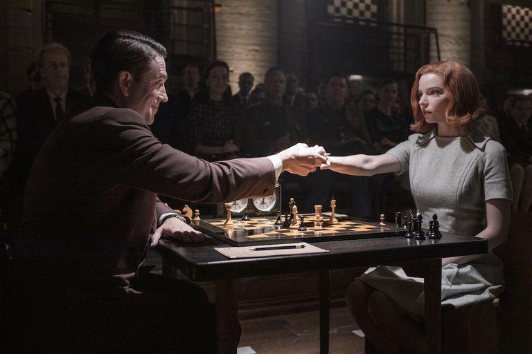 the-queens-gambit-2
